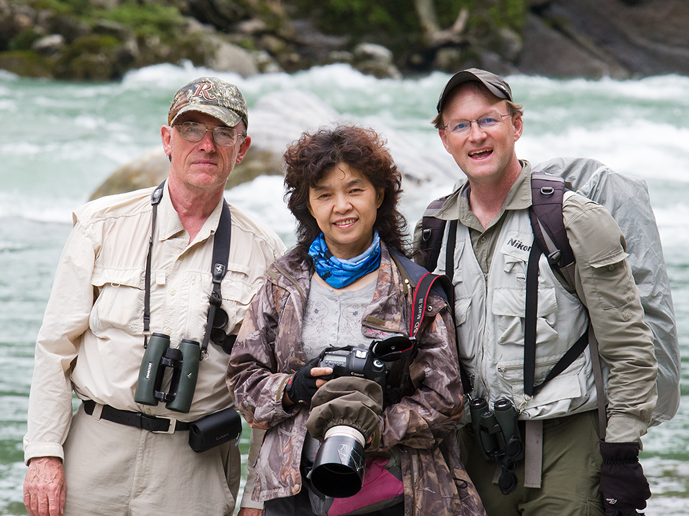 L-R: Jon Gallagher, Huáng Xiǎo Ān (黄小安), & Craig Brelsford on Dulong River, elev. 1420 m. 19 June 2014.