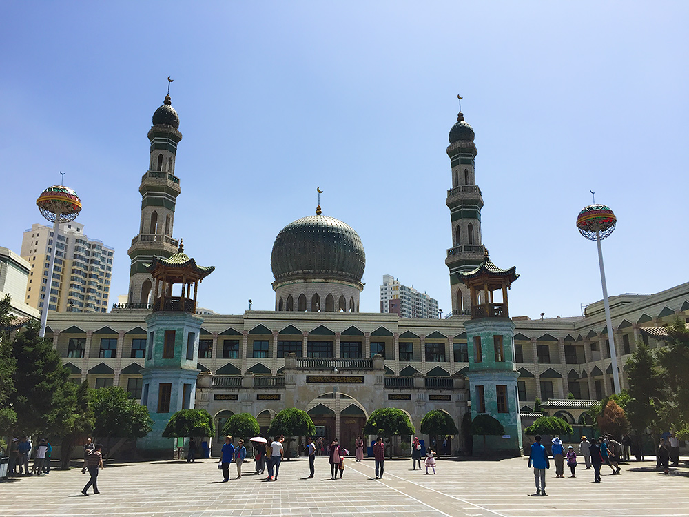 Dongguan Mosque in Xining supports a community of Common Swift.